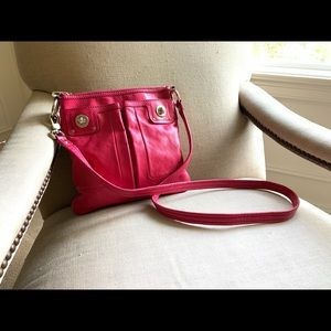 Marc by Marc Jacobs crossbody bag in fuchsia EUC